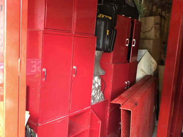 Single & Double-Door Cabinets, Automobile Garage, 18-Gau  for Sale $1,600