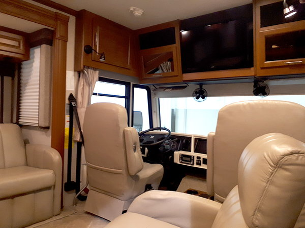 2010 Fleetwood Southwind 32VS – Discover Life's Little