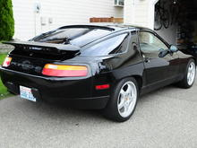 Rear aspect picture of 928