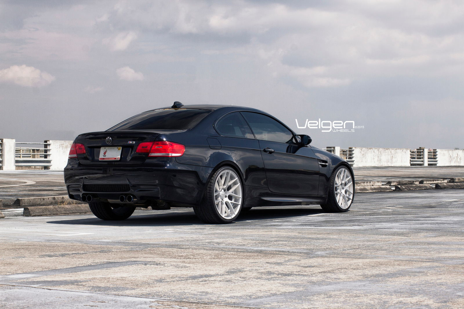 bmw e92 m3 on velgen wheels vmb7 6speedonline porsche forum and luxury car resource. Black Bedroom Furniture Sets. Home Design Ideas