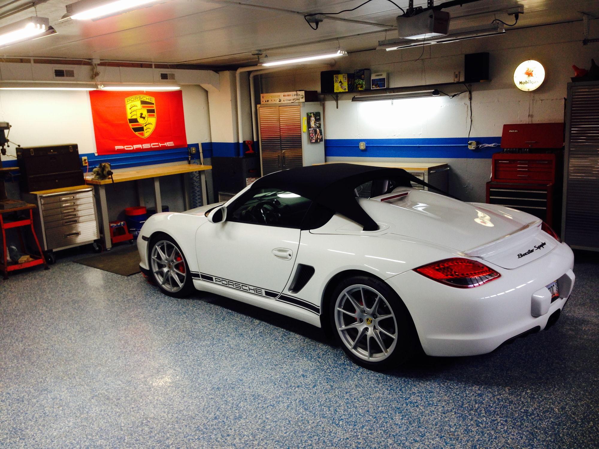 Garage complete 6speedonline porsche forum and luxury for Garage auto 2000 wimille