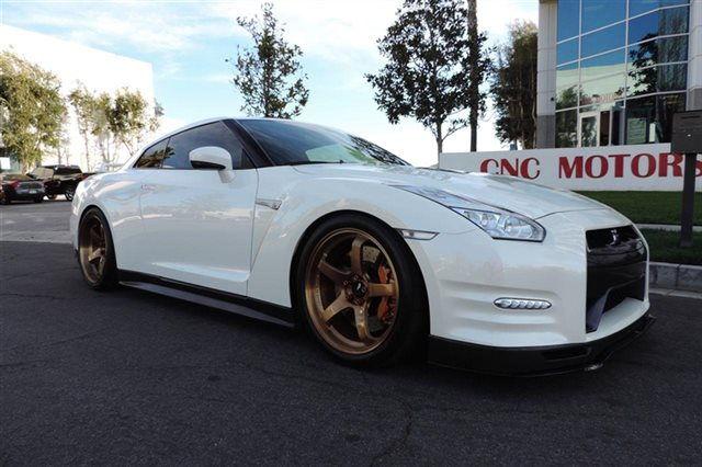 Cnc Motors White 2015 Nissan Gtr Advan Gt S In Rose Gold