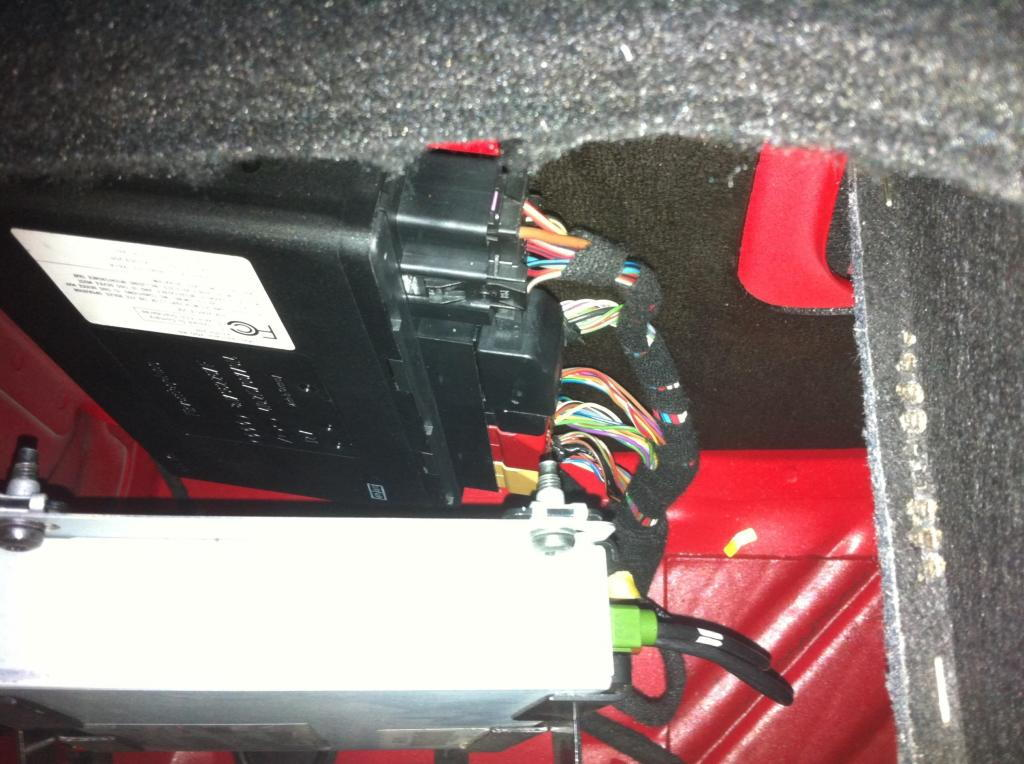 audi tt mk2 comfort control module location