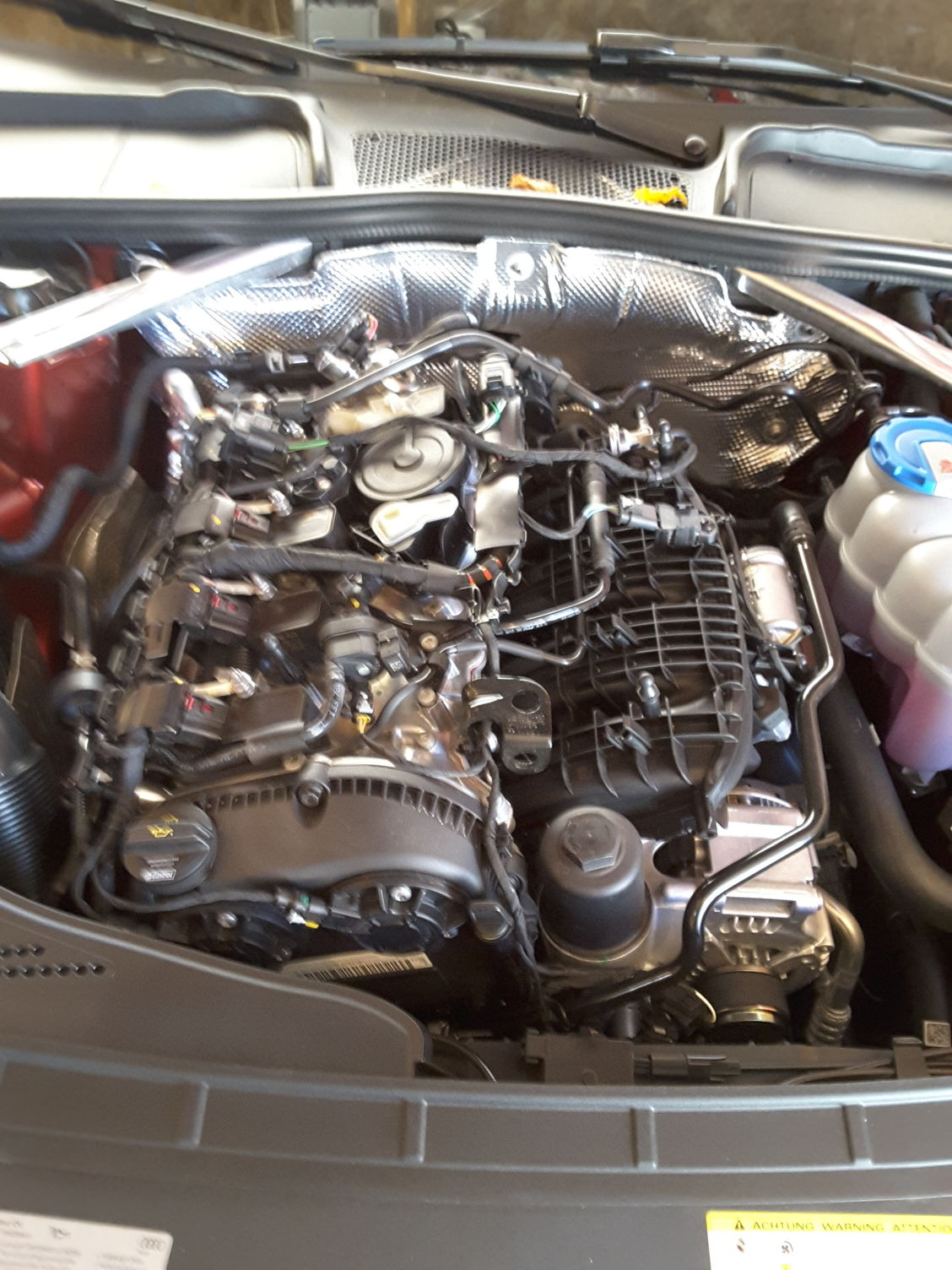Audi R8 Oil Cap to be Used for VW and Audi 20T or 25 engines