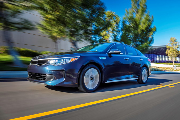Kia Is Known For Making Cars That Are Excellent Value Propositions And Remains True With The 2019 Optima Hybrid Model Has An List