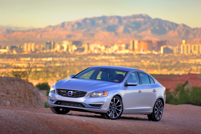 2016 volvo s60 review carsdirect. Black Bedroom Furniture Sets. Home Design Ideas