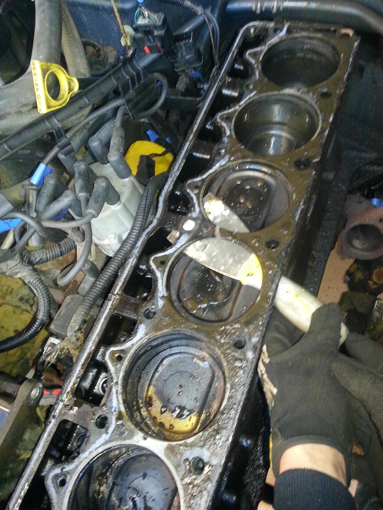 Gasket Fdd Fa Fa A Be E C B on 1995 Jeep Cherokee Head Gasket