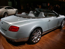 Bentley Continental GTC 4