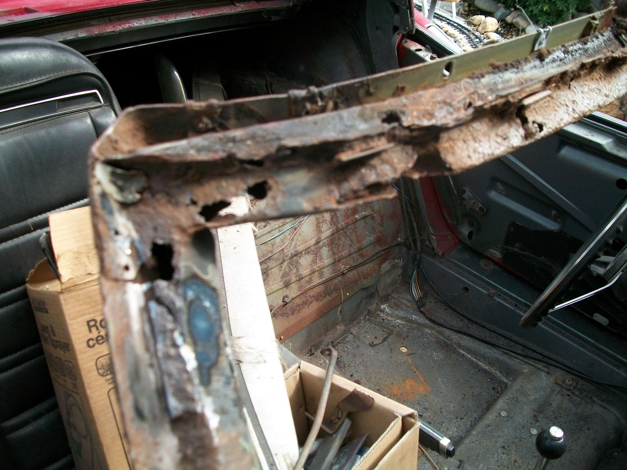 Severity of Windshield Frame Rust? - CorvetteForum - Chevrolet ...