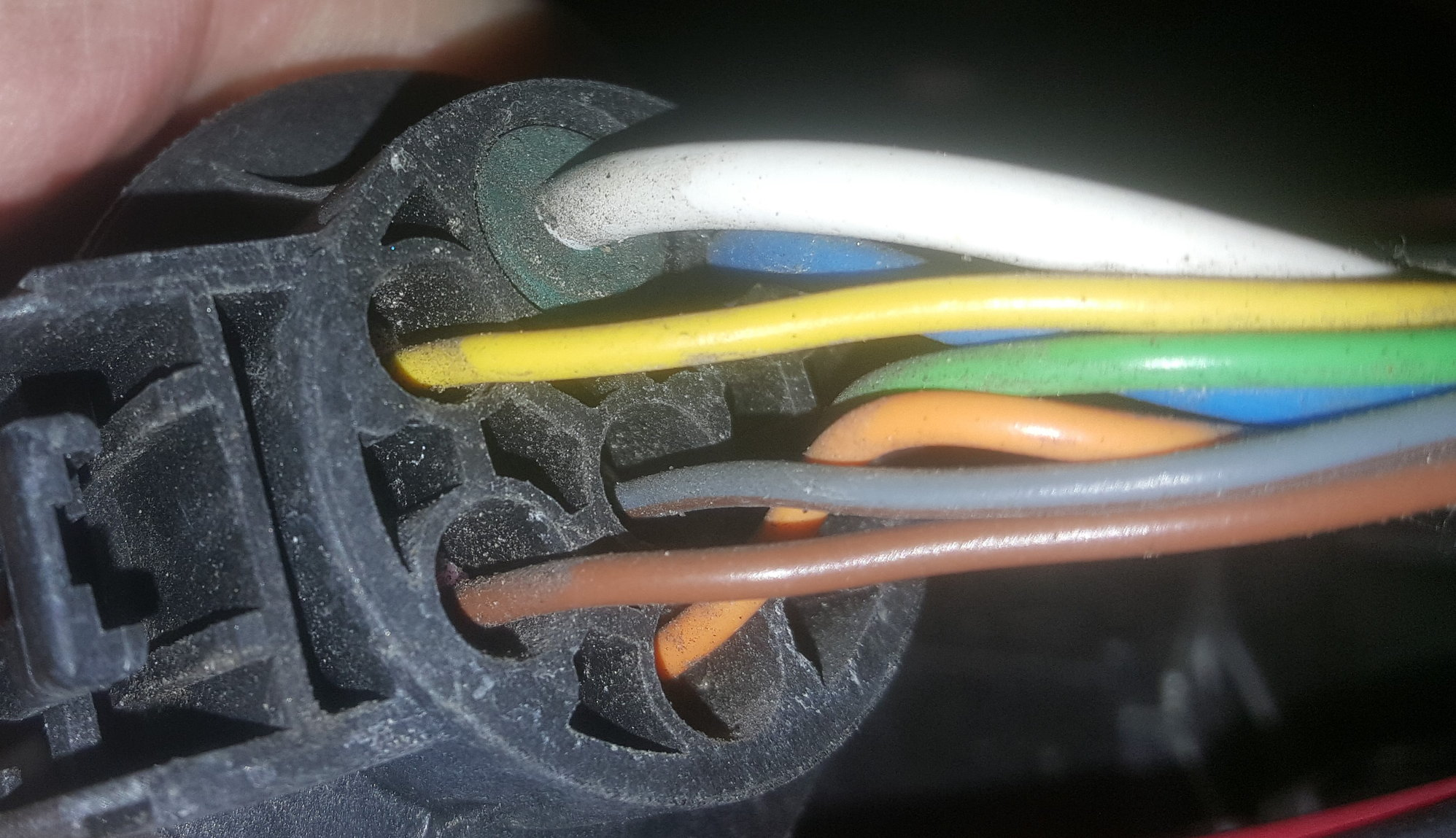 Backup Reverse Wire Color On 2017 Ford F150 Forum Community Of Wiring Harness Colors The Picture Is My 7 Way And Center Gray For If Scheme Changed It Will Still Be