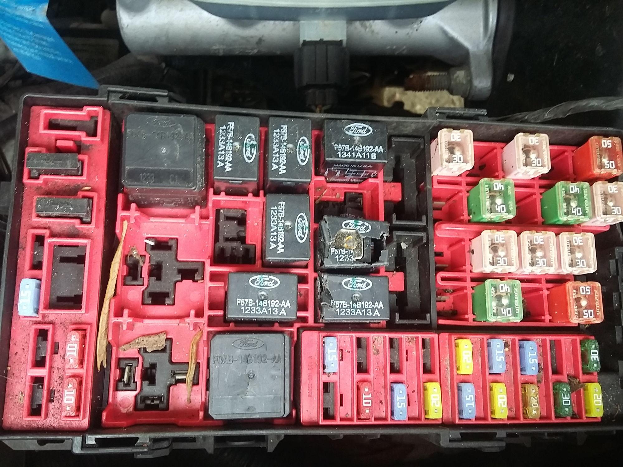 2002 f 150 cranks but won u0026 39 t start   ford f150 forum fuel pump voltage regulator