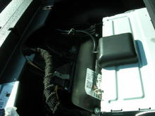 F150 HU install GPS w/magnetic bottom located under larger dash tray.