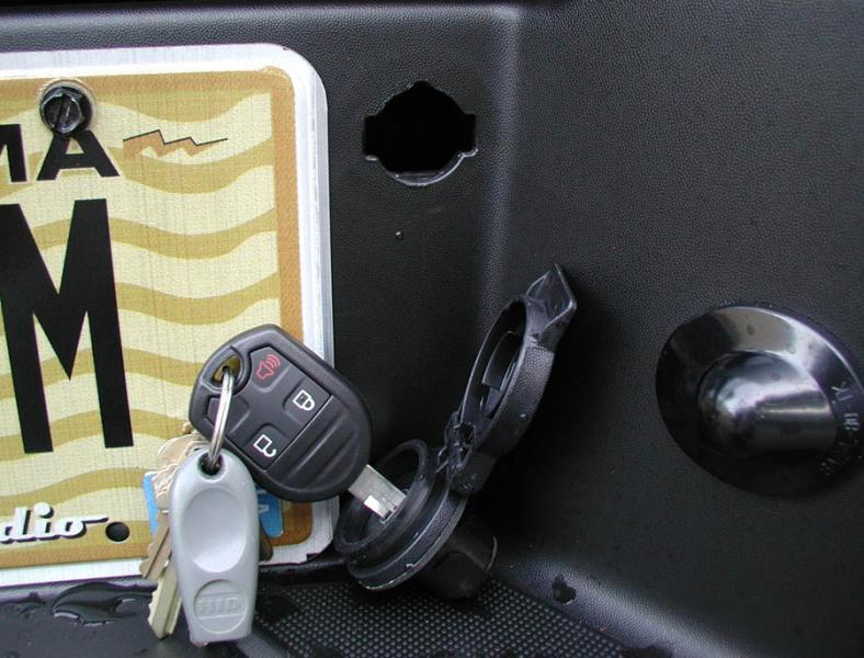 Rear Bumper Spare Tire Lock Bob Is The Oil Guyrhbobistheoilguy: 2007 F150 Spare Tire Removal Location At Gmaili.net