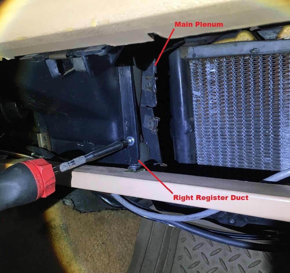 1980-86 Ford Truck F100 Bronco Glove Box Liner W// Screws /& Bumpers W// Air