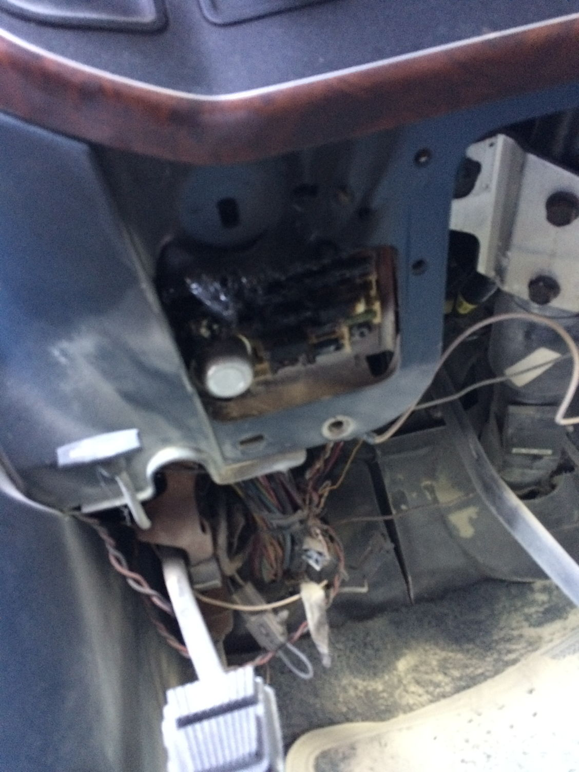fuse box in flames ford truck enthusiasts forums