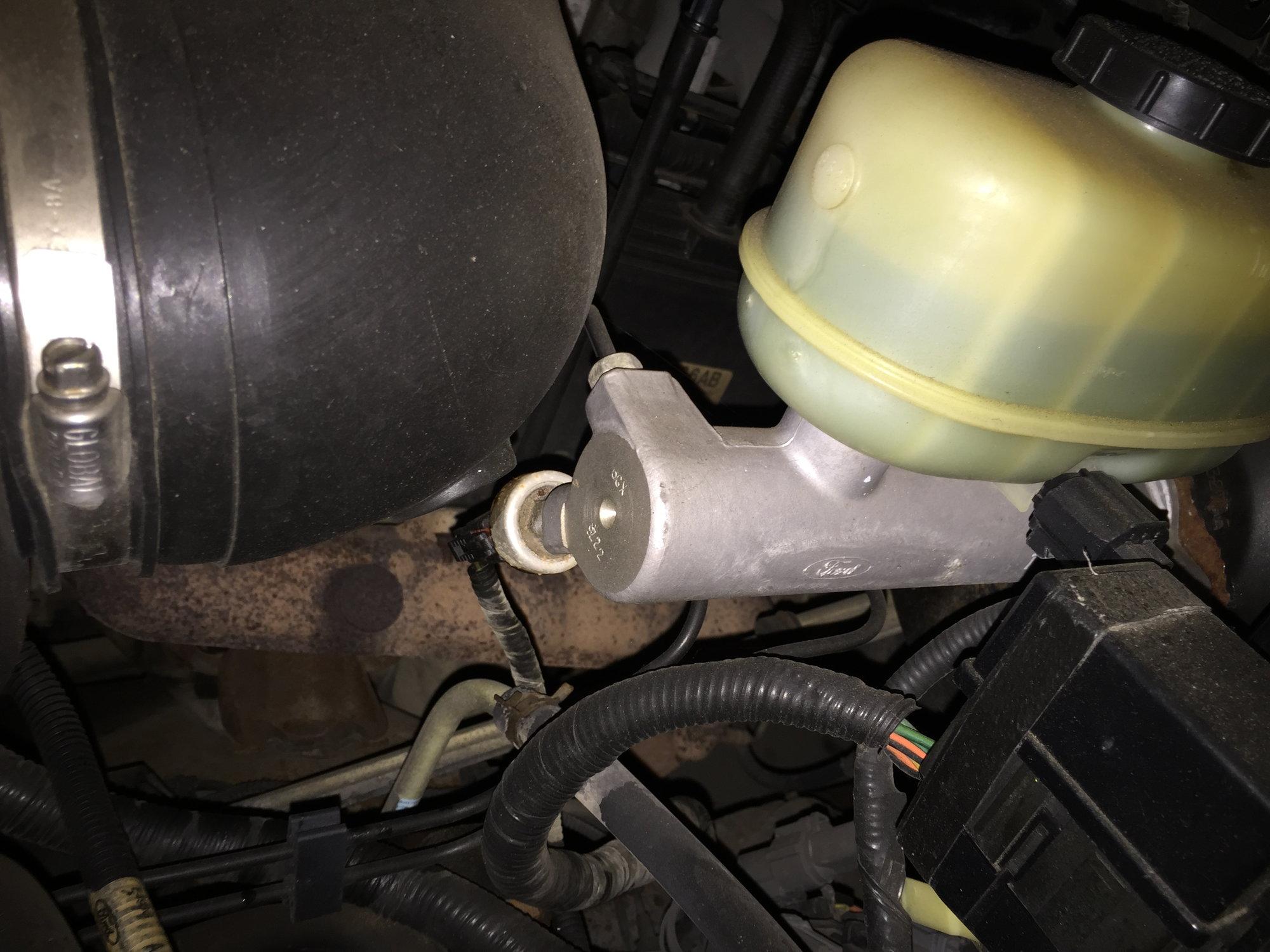 Img B F D Ccd Cfd Aa Dedb on Ford Trailer Brake Pressure Switch
