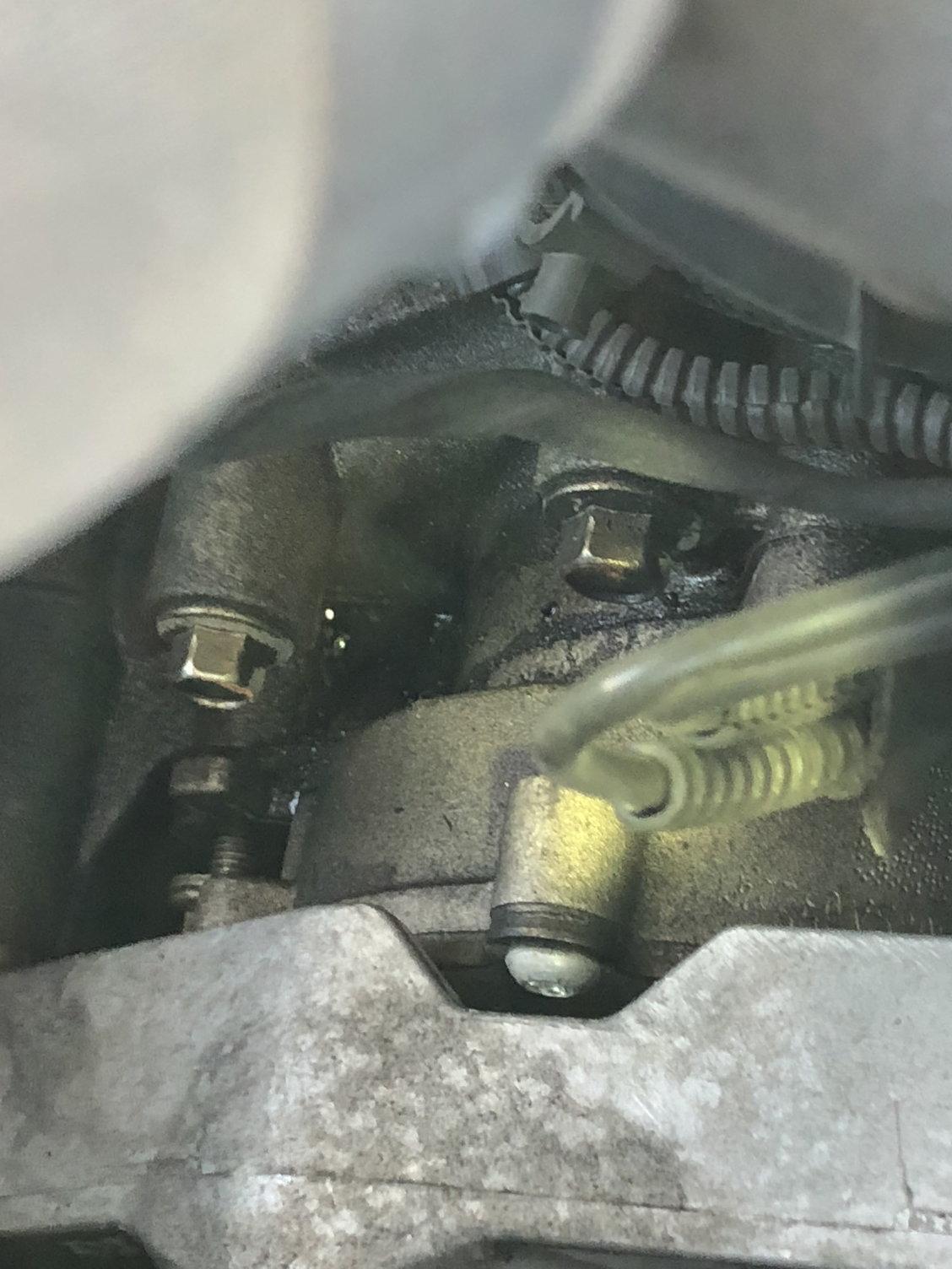 6.7 Powerstroke Oil Change >> 2011 F250 Oil leak!!! Need help - Ford Truck Enthusiasts ...