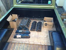 Ford 302 in F100 Box