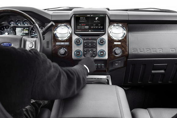 2013 Ford Super Duty06