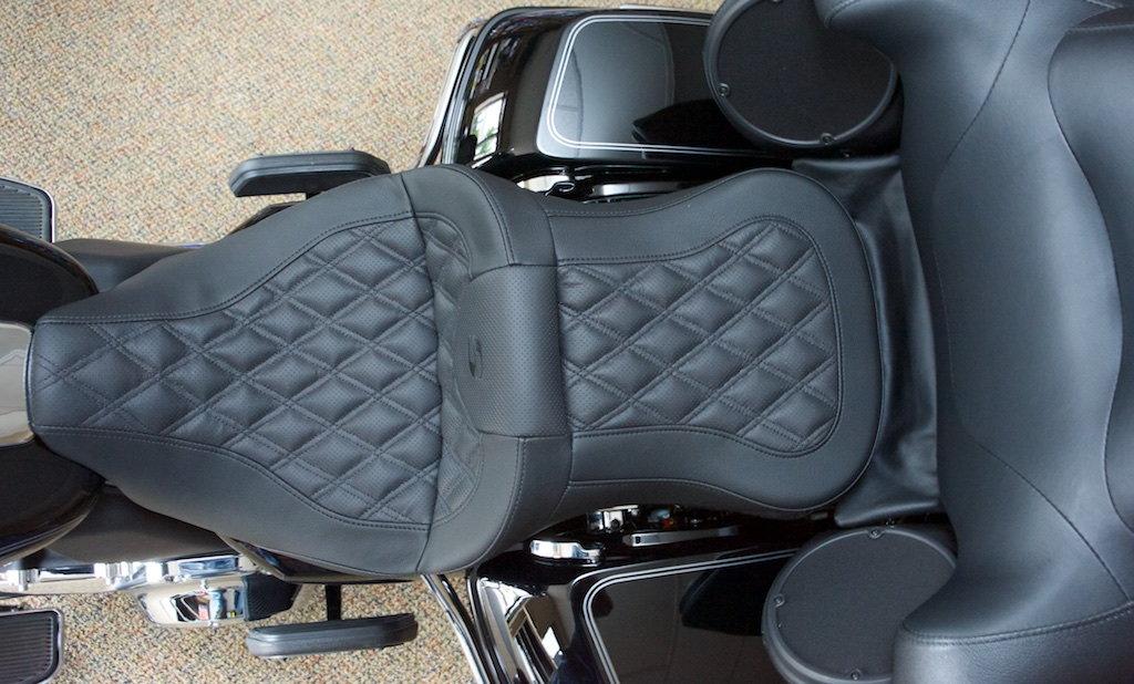 Miraculous Anybody Using Saddlemen Ls Road Sofa On Bagger Harley Home Interior And Landscaping Ologienasavecom