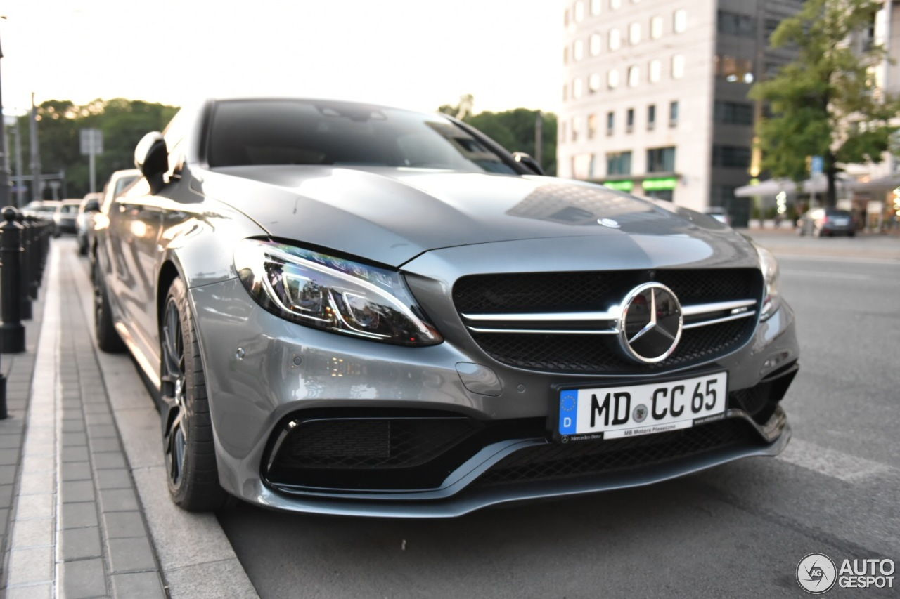 mercedes amg c63s coupe in selenite grey pics page 21. Black Bedroom Furniture Sets. Home Design Ideas