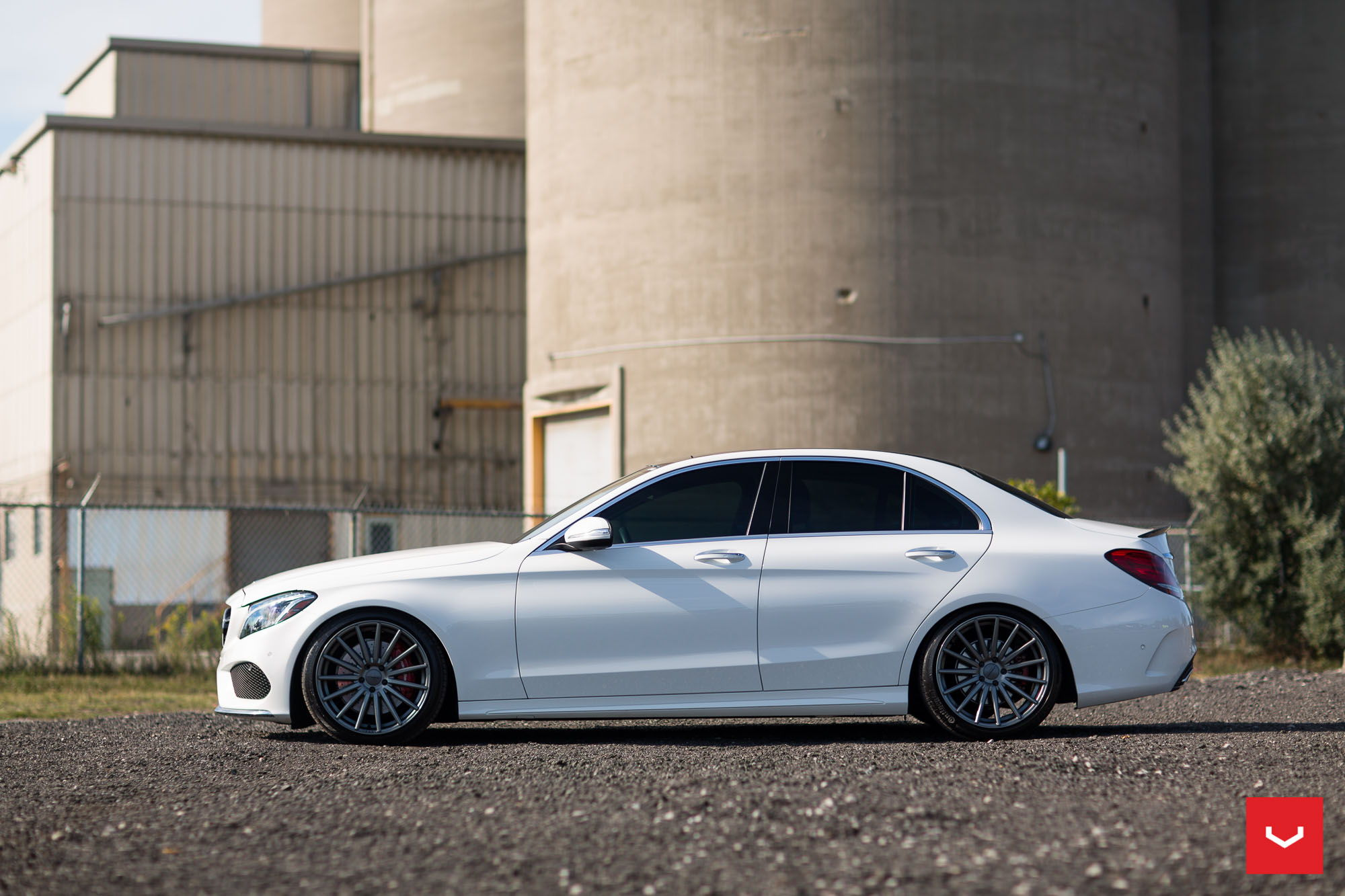 new setup C400 lowered on airmatic with Vossen VFS2 flow ...