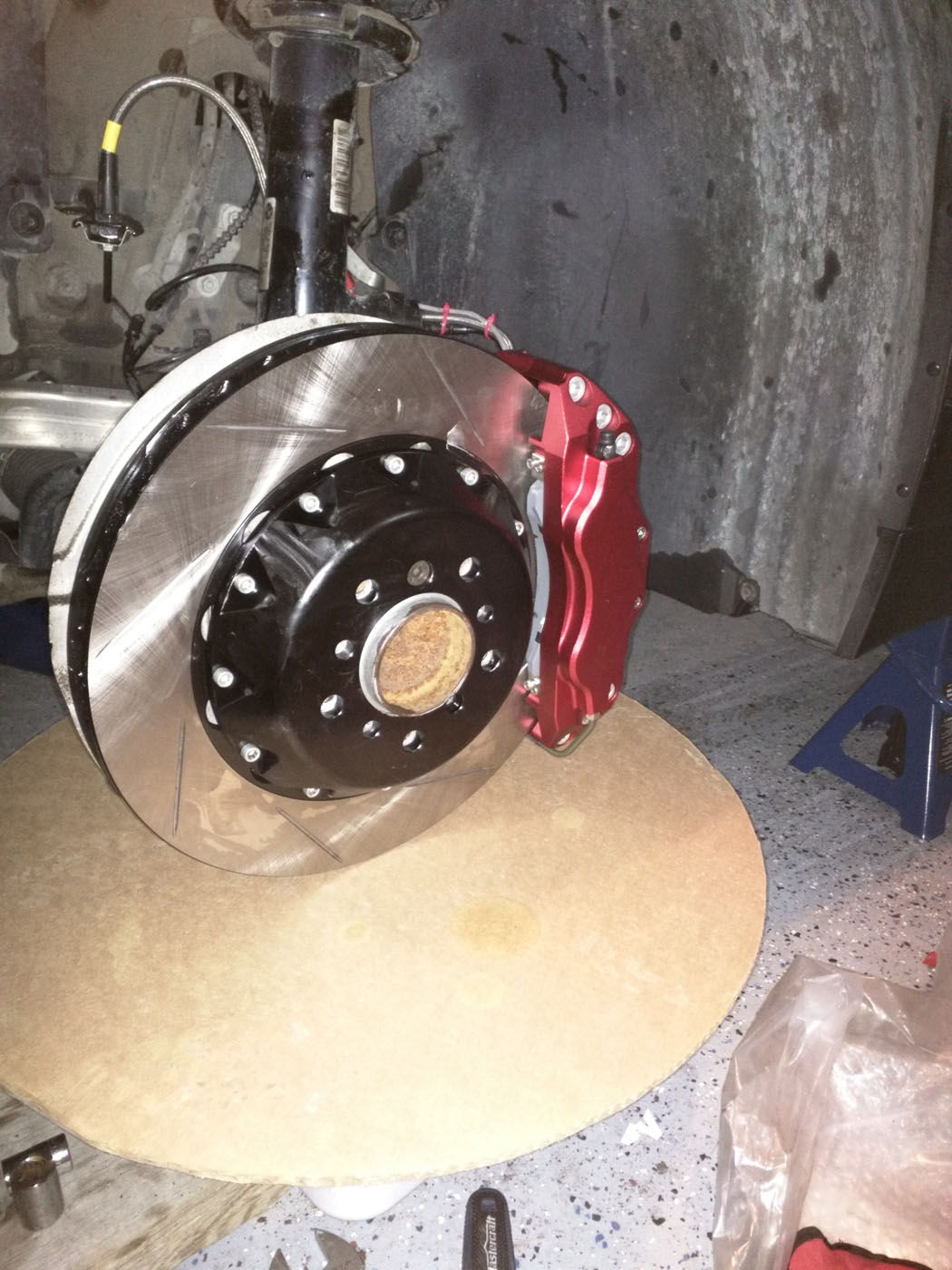 Project Mu Rear Big Brake Kit Mazda Rx7 Forum Wilwood Disc Kitfront Stock Replacementhonda262mm Rotors Them With Zero Issues Now Keep In Mind This Is For A Street Driven Car He Has Never Taken The On Track But Does Drive Pretty Hard
