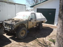 parts truck 85 4runner that will have the 82 body stuck on it.