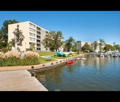 Watergate Village Apartments