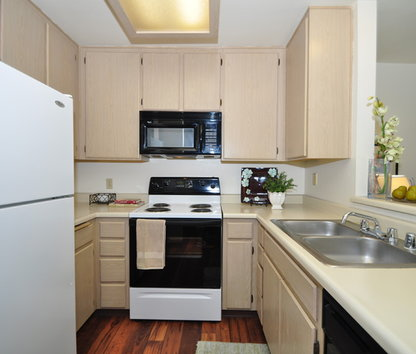 Image Of Canyon Club Apartments In Oceanside, CA