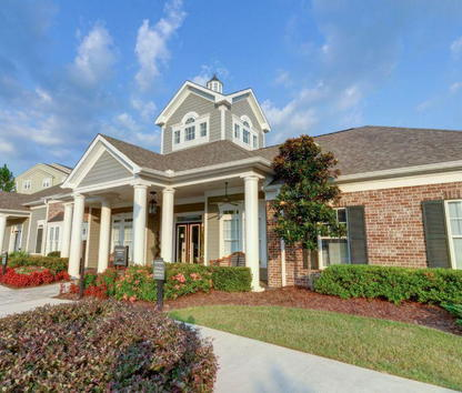 Reviews & Prices for Charleston Apartments, Mobile, AL
