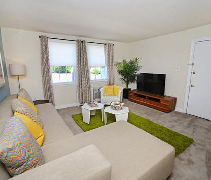 Image Of Oak Grove Apartments In Middle River, MD