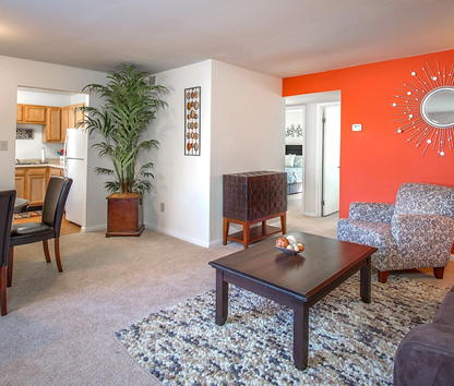 Image Of Auburn Pointe Apartments In Newport News, VA