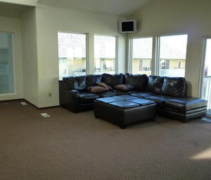Reviews & Prices for Campus Commons Apartments, Pullman, WA