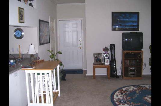 https://cimg6.ibsrv.net/ibimg/www.apartmentratings.com/535x354_85-000bg/a/k/c/AKcwrda2tbD.jpg