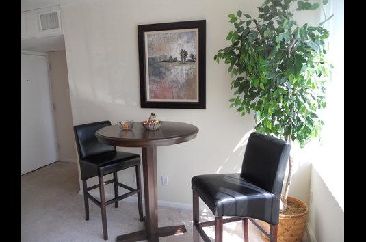 The Manhattan Review - 3521745 | Oak Ridge, TN Apartments ...