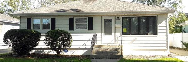 18531 Glen Oak Avenue