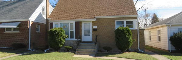 1475 Forest Ave.