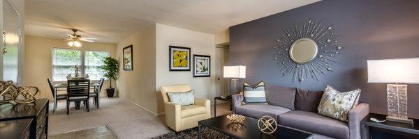 Aquahart Manor Apartments