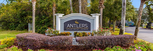 Antlers Apartments