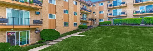 Parkhouse Apartments