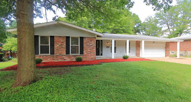 Image of 13935 Old Halls Ferry Road in Florissant, MO