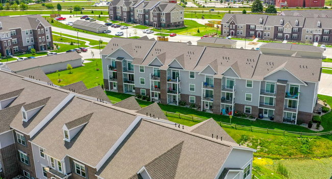 Image of Andover Pointe Apartments in La Vista, NE