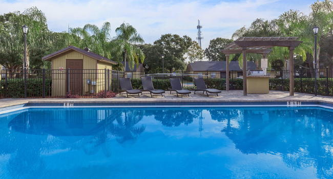 Forest Creek Apartments 37 Reviews Largo Fl Apartments For Rent Apartmentratings C