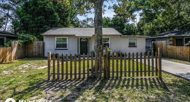 Image of 9155 5th Ave in Jacksonville, FL
