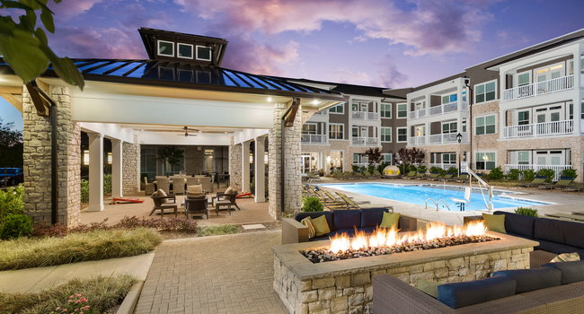 Image of The Flats at Ballantyne in Charlotte, NC