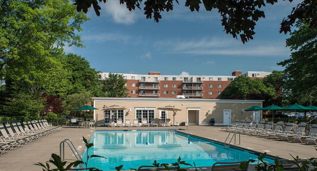 Towers of Colonie - 160 Reviews | Albany, NY Apartments for