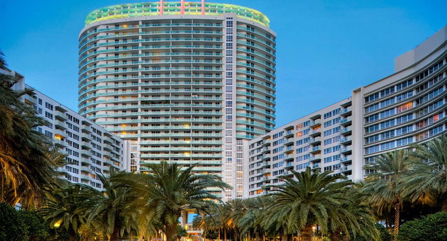Image Of Flamingo South Beach Center Tower In Miami Fl