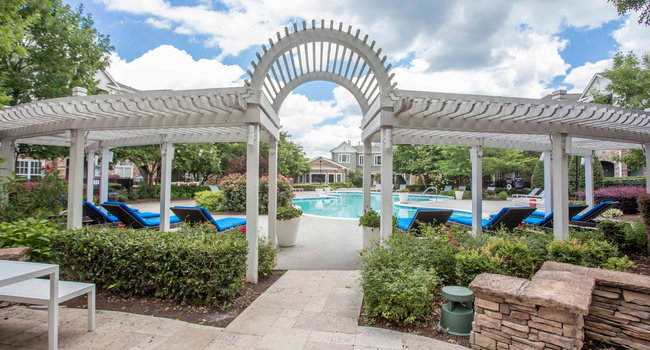 Hideaway At Greenbrier Luxury Apartment Homes Chesapeake Va