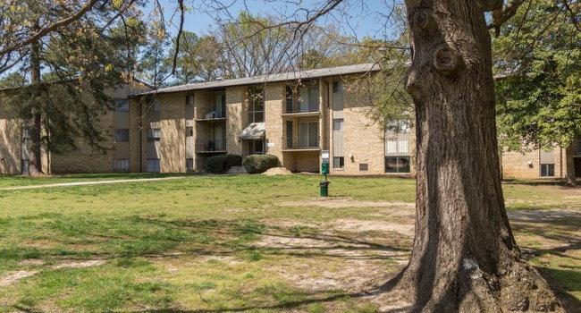 Hunt Club Apartments - 228 Reviews   Richmond, VA Apartments